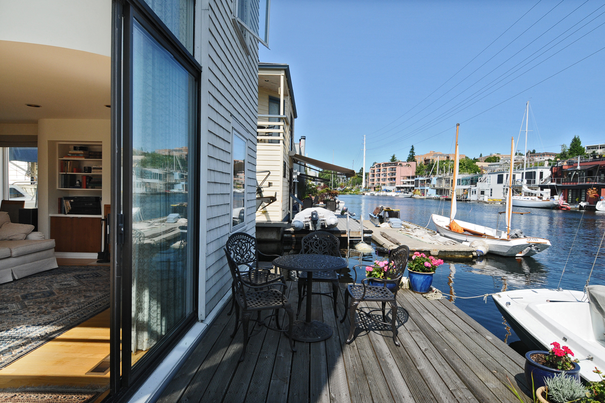 Houseboats In Seattle Contact Seattle Houseboats Experts